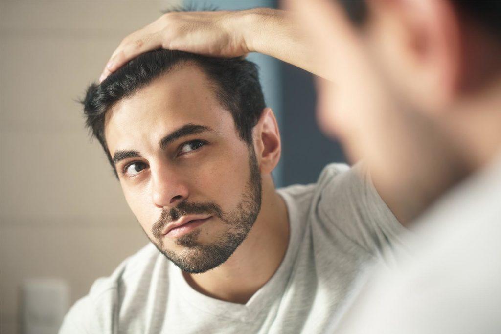 Saç Dökülmesi Hangi Vitamin Eksikliği Belirtisidir
