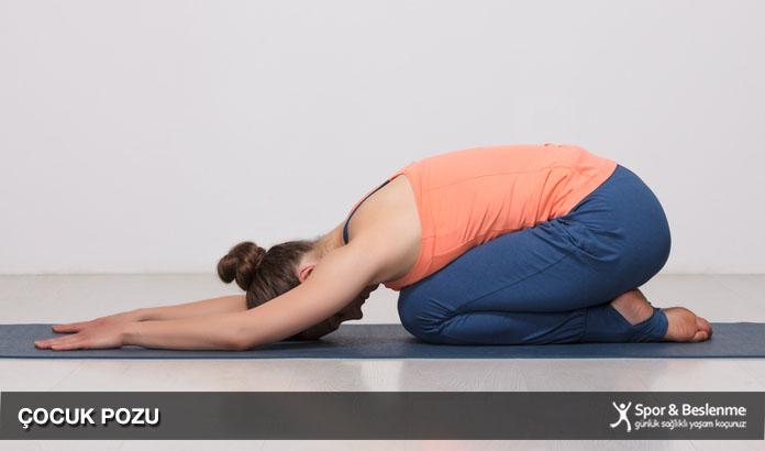 uykudan önce yoga hareketleri çocuk pozu