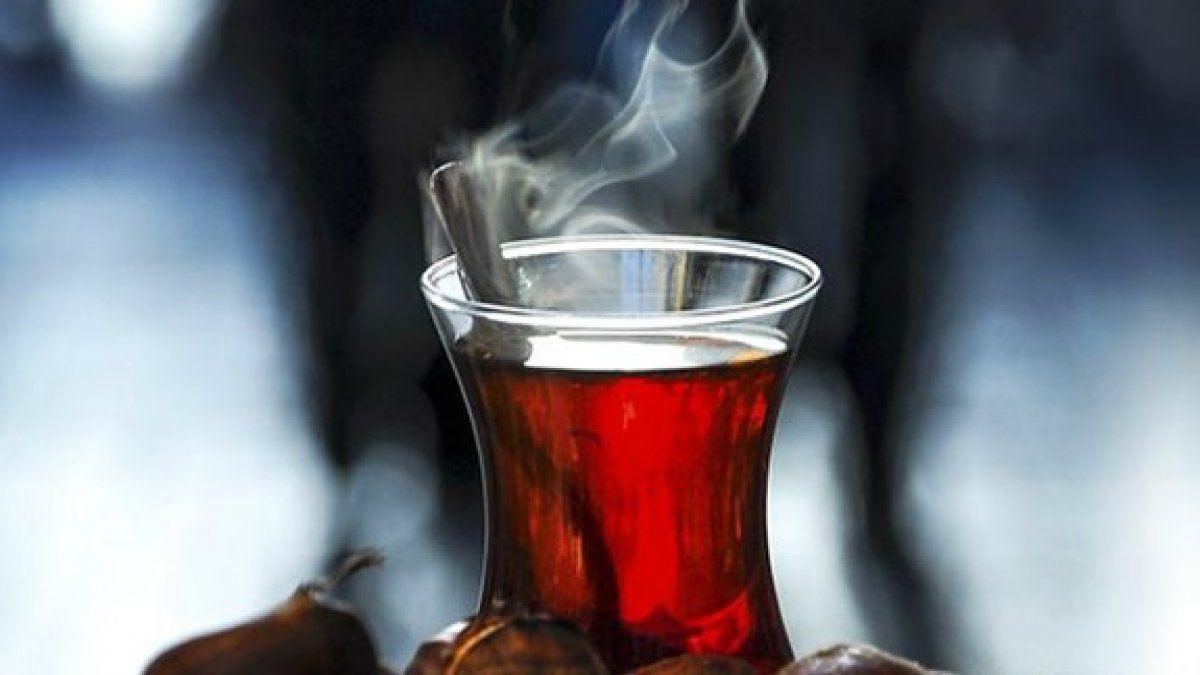 Yemekten Hemen Sonra Çay İçmek
