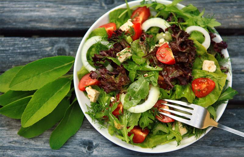 Salata Tüketilirken Dikkat Edilmesi Gerekenler Nelerdir