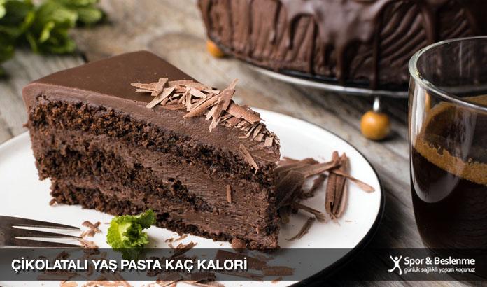 1 dilim çikolatalı yaş pasta kaç kalori